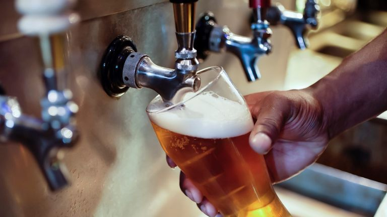 Cheers! More than 100 MPs make pre-budget plea for Rishi Sunak to cut duty for draught beer