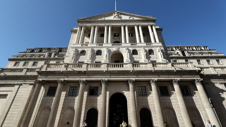 Bank of England now sees inflation peak above 3% but plays down risk to economy