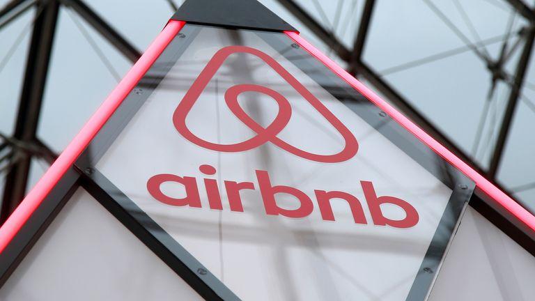 Lockdown easing boosts UK demand for Airbnb breaks
